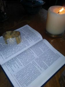 Used by permission of a Creative Commons License. http://commons.wikimedia.org/wiki/File:Bible_on_a_coffee_table.jpg