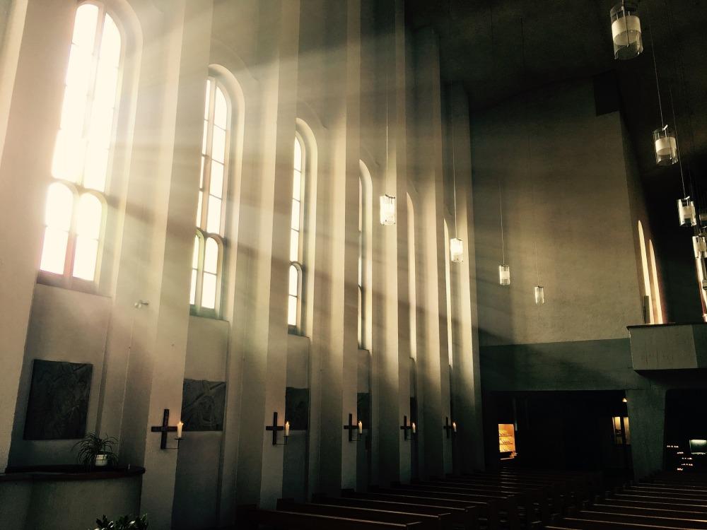 church-1843065_1920.jpg